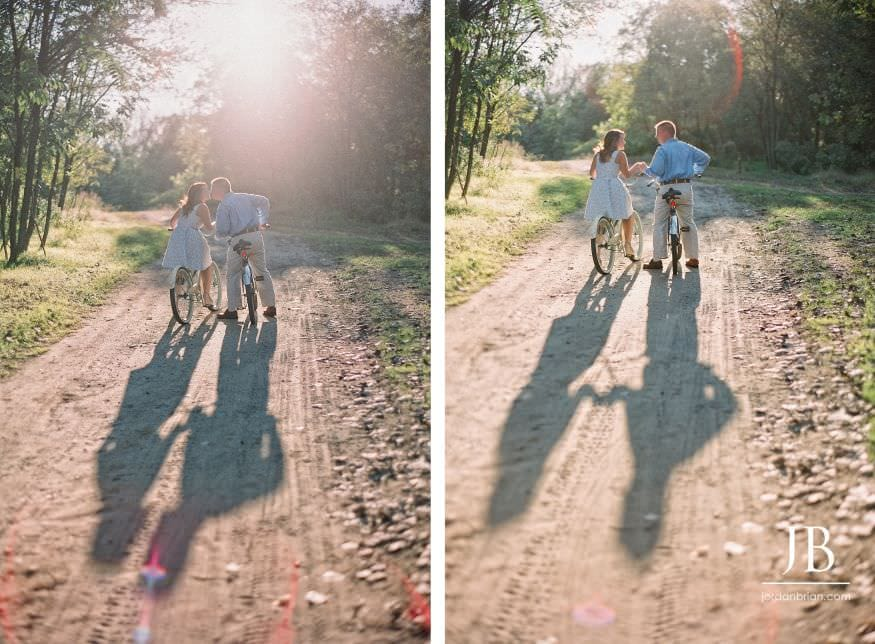 Palmyra Cove engagement session vintage bicycles