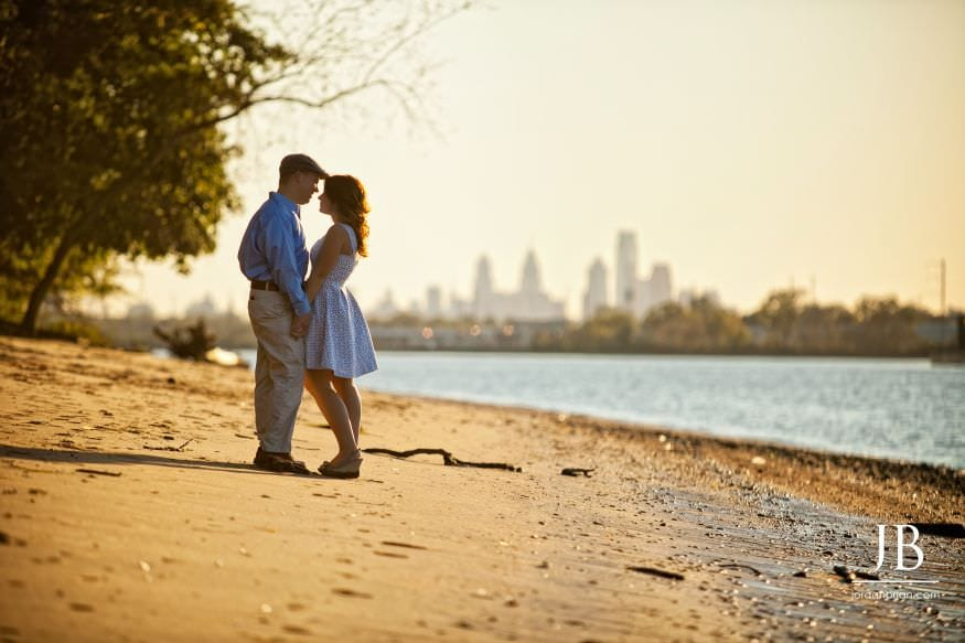 Palmyra Cove engagement session view of Philadelphia city