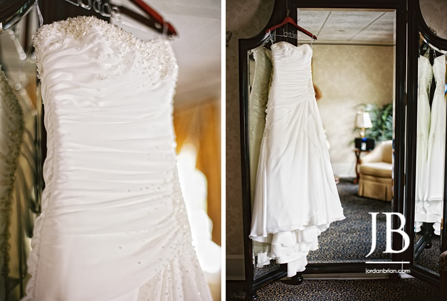 english manor wedding bridal suite