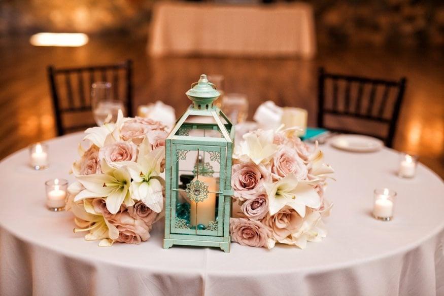 sweetheart table at hollyhedge estate wedding
