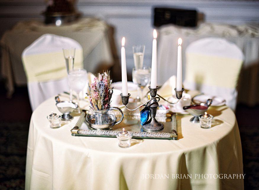 Sweetheart table at Laurel Creek