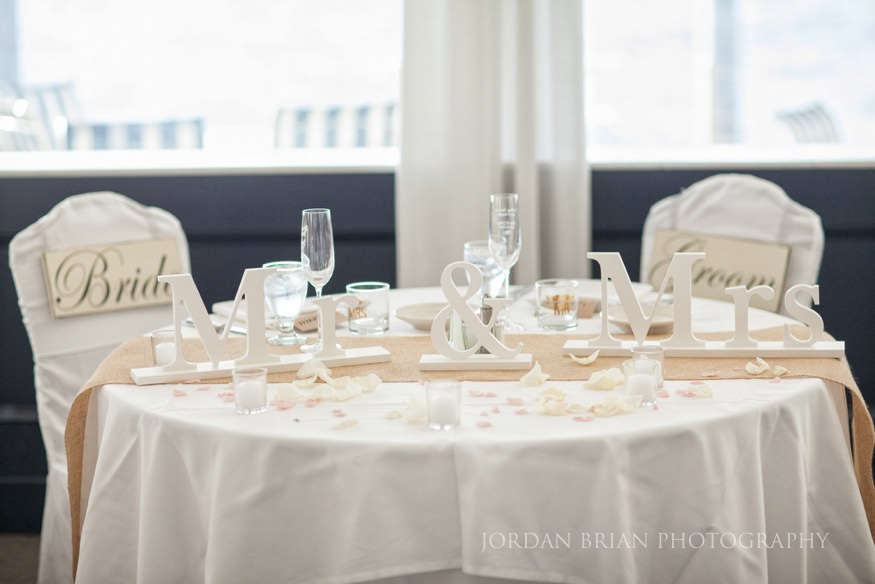 sweetheart table at ocean city yacht club wedding