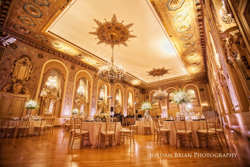 hotel du pont wedding reception setup