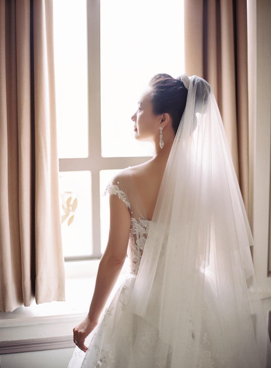 Bride and Groom portraits at Palomar Hotel before Chinese Philadelphia Wedding.