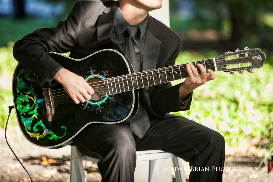 guitar player at knowlton mansion wedding ceremony
