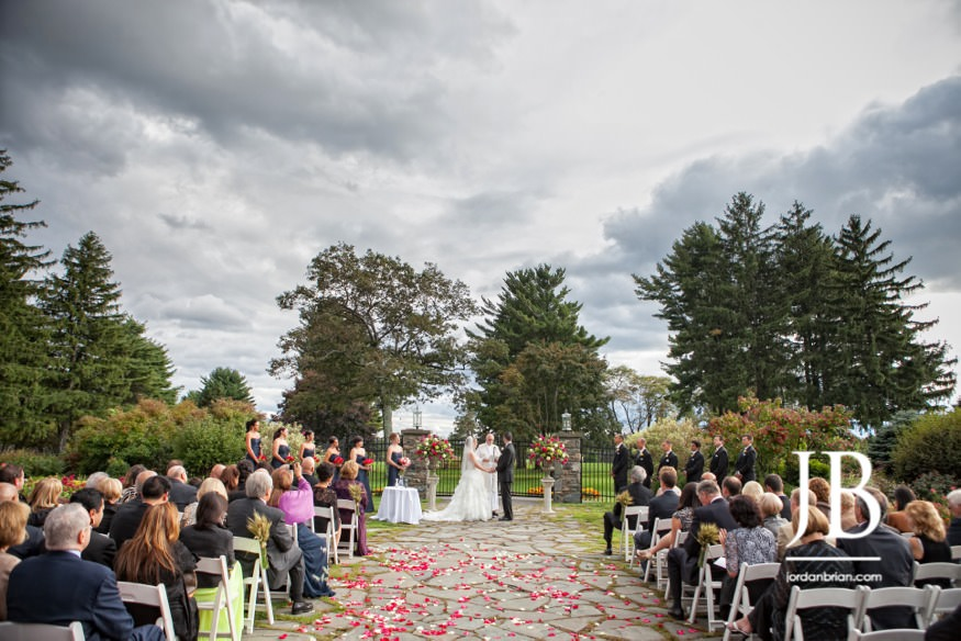 skytop lodge wedding ceremony