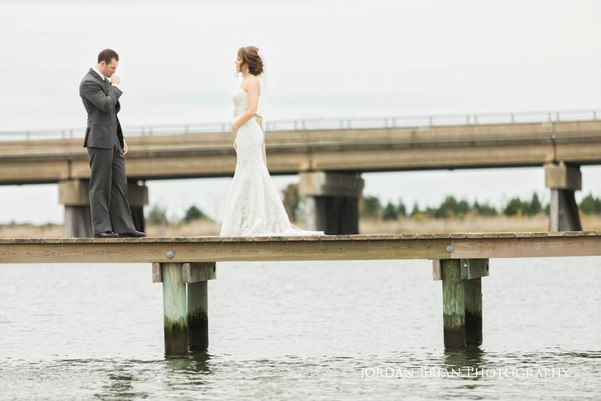 bonnet island wedding bride and groom first look