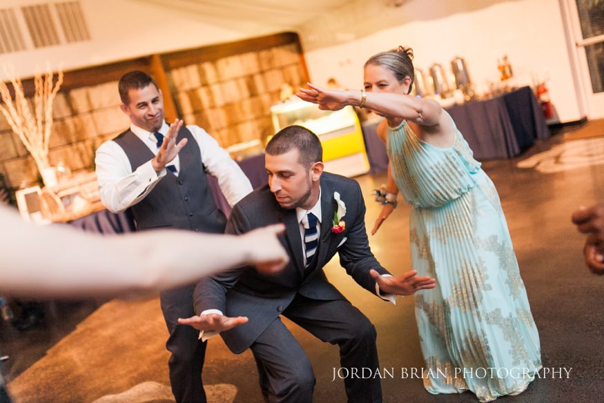 wedding reception dancing lake house inn